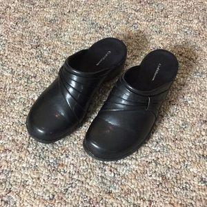 Croft & Barrow Black Clogs - Size 7